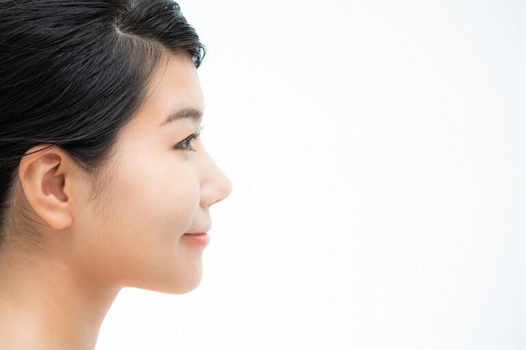 エラの張りを解消し、小顔効果や綺麗な「eライン」を得られる場合がある